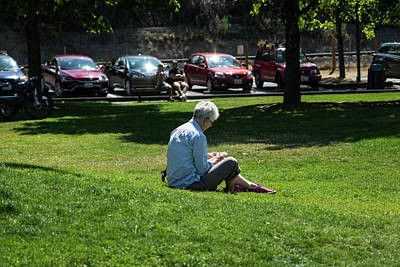 Photograph - Reading In The Grass by Tom Cochran