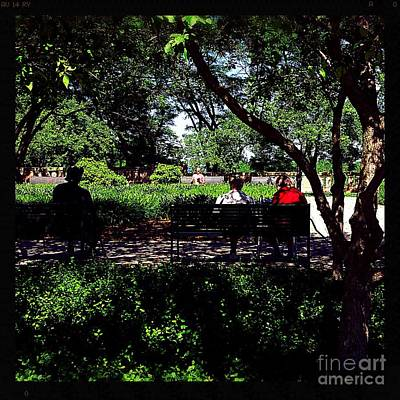Photograph - Reading In The Park - City Of Chicago by Frank J Casella