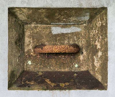 Photograph - Recessed Anchor In The Bunker by Gary Slawsky