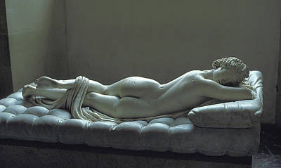 Photograph - Reclining Nude Woman At The Louvre In Paris by Carl Purcell