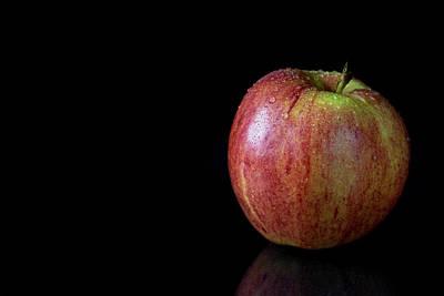 Priska Wettstein Pink Hues - Red apple with water drops by Jaroslav Frank