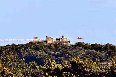 Photograph - Red Arrows At Pendennis Castle by Terri Waters