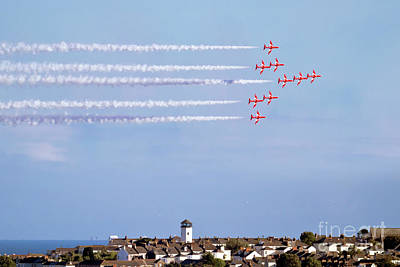 Photograph - Red Arrows Display Falmouth by Terri Waters