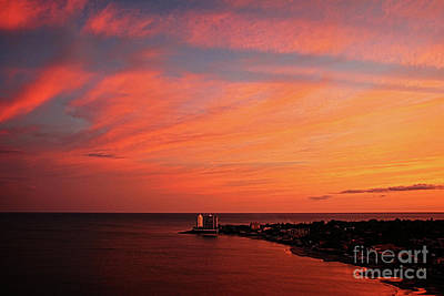 Photograph - Red At Night Sailors Delight by Bob Hislop