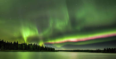 Photograph - Red Aurora by Ronald Lafleur