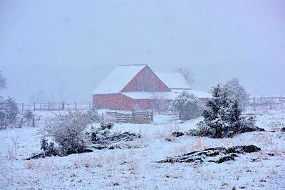 Photograph - Red Barn Farm by Tracy Rice Frame Of Mind