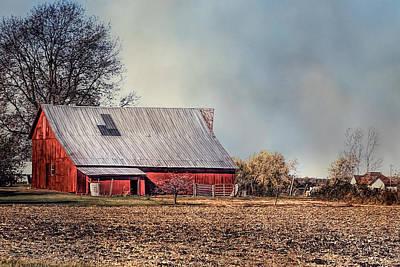 Red Barn In Late Fall Art Print
