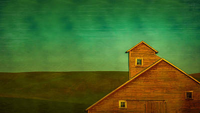 Photograph - Red Barn In The Palouse by Don Schwartz
