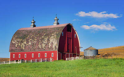 Photograph - Red Barn by Jerry Fornarotto