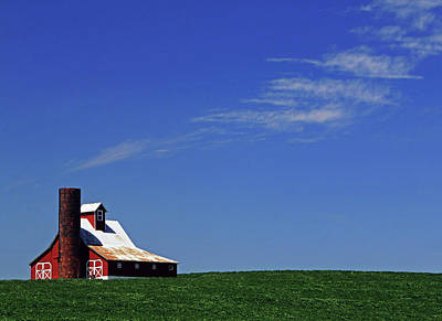 Photograph - Red Barn Missouri by Christopher McKenzie