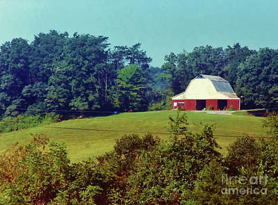 Photograph - Red Barn On The Hill by D Hackett