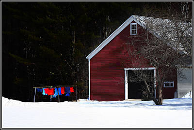Photograph - Red Barn On Washday by Wayne King