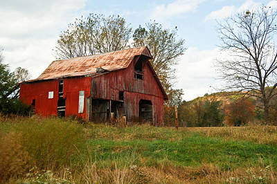 Photograph - Red Barn With Side Ventilation by Douglas Barnett