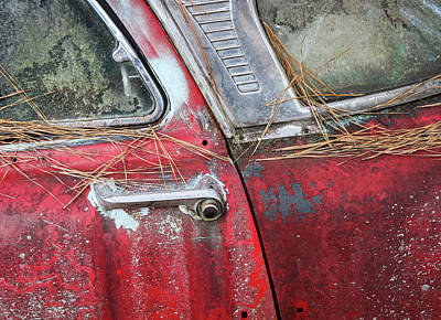 Photograph - Red Car Door Handle by Patrice Zinck