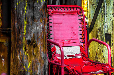 Red Chair In Alley Ver4 Dsc2997 Art Print by Raymond Kunst