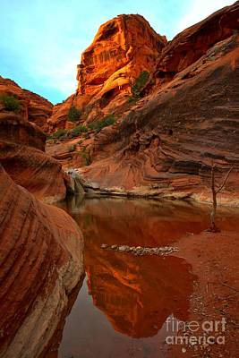 Red Cliffs Reflections Art Print