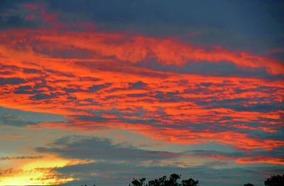 Photograph - Red Cloud Evening by David Lee Thompson