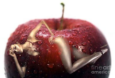 Photograph - Red Delicious by John Rizzuto