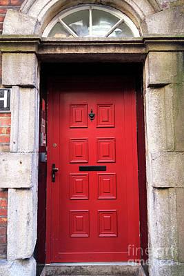 Photograph - Red Door Dublin by John Rizzuto