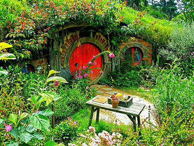 Photograph - Red Door Hobbit Home Photo by Kathy Kelly