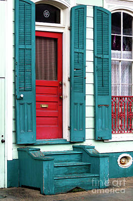 Red Door In The French Quarter Art Print
