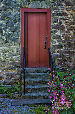 Photograph - Red Door by Linda Blair