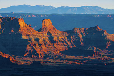 Photograph - Red Dusk On Dead Horse Point Park - Moab Utah by Gregory Ballos