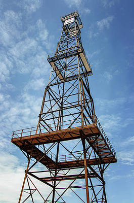 Photograph - Red Fork Derrick by Susan McMenamin