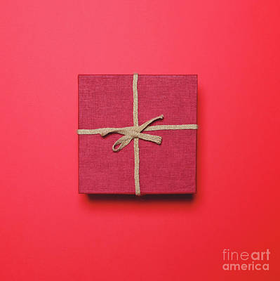 Pop Photograph - Red Gift Box With Rope Bow On Red Background - Minimal Design by Aleksandar Mijatovic