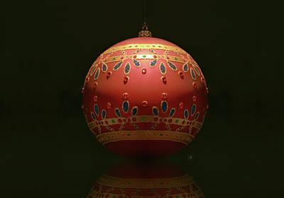 Photograph - Red Glass Xmas Ball by Yvonne Wright