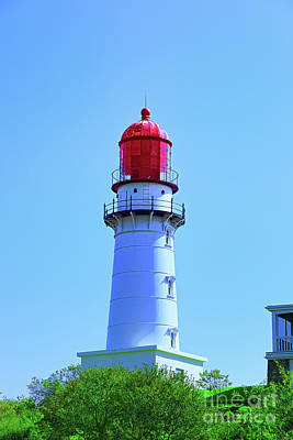 Photograph - Red Light House by Rick Bragan