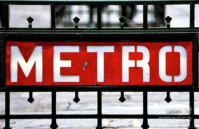 Photograph - Red Metro by John Rizzuto
