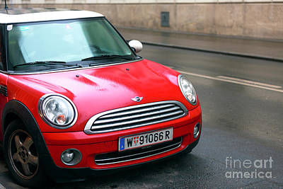 Photograph - Red Mini In Vienna by John Rizzuto