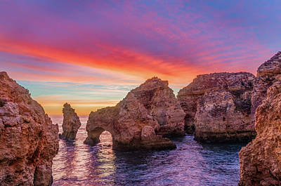 Photograph - Red Morning On Ponta Da Piedade by Dmytro Korol