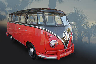 Photograph - Red N Black Kombi by Bill Dutting