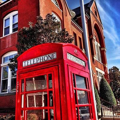 Red Phone Booth Art Print by Matt Taylor