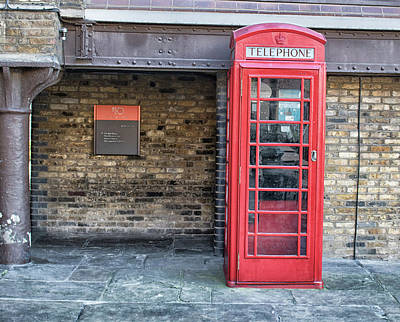 Payphone Photograph - Red Phonebox by Martin Newman