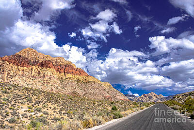 Photograph - Red Rock Canyon by Jim DeLillo
