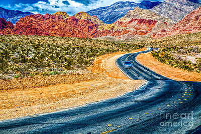 Photograph - Red Rock Canyon by Lev Kaytsner