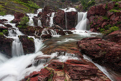 Many Glacier Photograph - Red Rock Falls by Mark Kiver