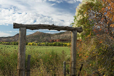 Photograph - Red Rock Valley by Constance Reid