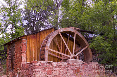 Photograph - Red Rock Water Wheel by Louise Magno