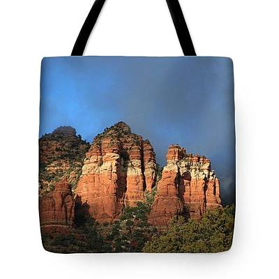 Photograph - Red Rocks Of Sedona - Tote by Donna Kennedy