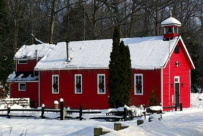 Red Schoolhouse At Christmas Art Print