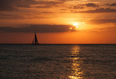 Photograph - Red Skies At Night - Sailors Delight by John Black