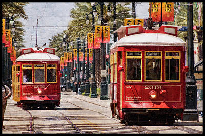 Photograph - Red Streetcars by Ray Devlin
