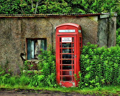 Photograph - Red Telephone Booth by Anthony Dezenzio