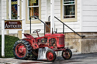 Photograph - Red Tracktor by Maria Coulson
