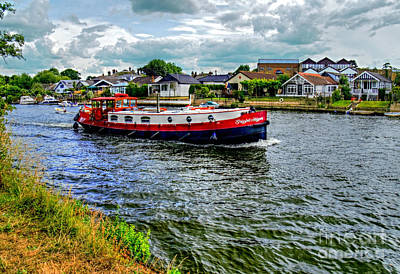 Photograph - Red Tug Boat by Lance Sheridan-Peel