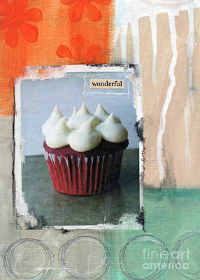 Cuisine Mixed Media - Red Velvet Cupcake by Linda Woods